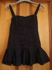 H&M  BLACK CORSET STYLE TOP. FRILL AT BOTTOM.  SIZE 8