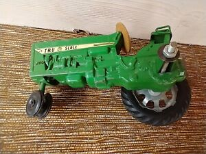 Vintage Tru Scale 890 Tractor for Parts