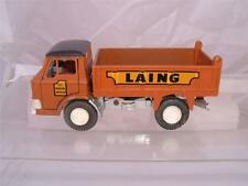 DINKY TOYS ENGLAND FORD D800 REPAINTED LAING TIPPER TRUCK VINTAGE SEE THE PHOTOS