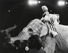 Erika STONE: Marilyn Monroe, Circus, NYC, 1955 / Silver / PHOTO LEAGUE / SIGNED!