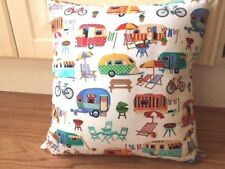 Cushion Cover - Caravan Getaway - 40x40 cm