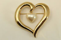 Beautiful Vintage Goldtone Open Heart with Faux Pearl Heart Charm Brooch Pin E*