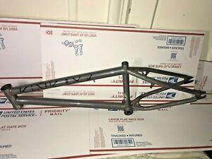 """Excellent Kink Launch 2021 Frame BMX Hi Ten Steel 20.25"""" Matte Dusk Black Sealed"""