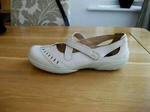 WOMENS HOTTER CREAM LEATHER COMFORT SHOES SIZE 4 UK VGC!!
