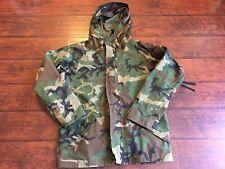 US Military Cold/Wet Weather ECWCS Woodland Goretex Parka Jacket Med-Reg Flawed
