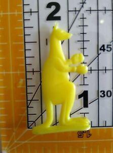 Vintage YELLOW BOXING KANGAROO Cracker Jack Gumball Toy Prize Premium 4A
