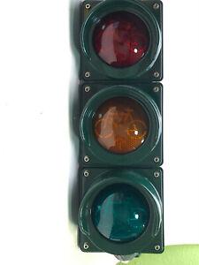 Ampelanlage LED Signalgeber 3-feldig, rot/gelb/grün,Rad über Leuchtpfeil Ø100mm