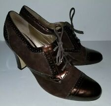 ENZO ANGIOLINI Copper Brown Patent Suede Wingtip Lace Up Oxford Heels. 9.5