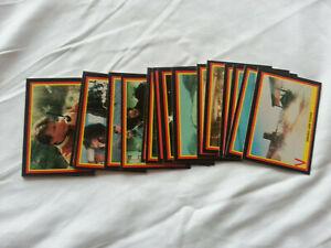 Random lot of V TV Series 1984 trading cards