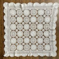 Vintage Handmade Crochet Lace Floral Scalloped Table Topper Tablecloth 30 x 30