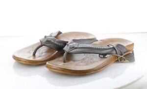51-12 NEW $120 Men's Sz 9 M Olukai Mea Ola Leather Flip Flops - Charcoal Brown