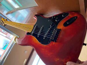 Fender Player Stratocaster Guitarra Eléctrica - Rojo Lava
