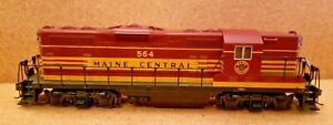 Maine Central Railroad EMD GP-7 Diesel Locomotive 564 Atlas 8412 HO Powered
