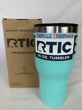 RTIC 30 oz Tumbler, Teal New in Box / Spill Proof Lid Keeps Drinks Hot / Cold