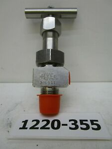 """Hoke Severe Service Needle Valve 2422L84Y 5000 PSI 316 SS 1/8"""" F 3/8"""" M In/Out"""