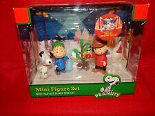 Peanuts Mini Figure Set With Fold Out Tree Charlie Snoopy Linus Woodstock (A4)