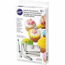 Wilton 12 pc Cupcake Decorating Set Tips 1M 4B 2A 2D tips 8 disposable bags