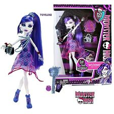 Monster High DOT DEAD GORGEOUS Spectra Vondergeist Doll Party Polka Dots Dress !