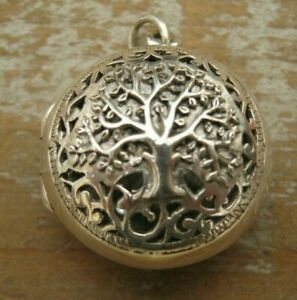 Beautiful Antique Style Solid Silver 925 Pierced Photo Locket / Pendant - Family