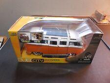 Jada Toys Dub City Old Skool 1962 Volkswagen Bus 1:24 Orange White VW Surf Board