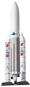 DRAGON 56230 EUROPEAN SPACE AGENCY ARIANE 5G with Launch pad 1:400th scale