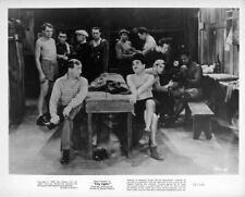 City Lights 1972 re-release original 8x10 photo Charles Chaplin Hank Mann boxing