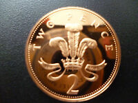 1989 PROOF 2P COIN HOUSED IN A NEW CAPSULE, 1989 PROOF TWO PENCE PIECE CAPSULED.