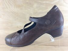 Aravon by New Balance Womens Brown Leather Adjustable Strap Mary Jane Size 8D