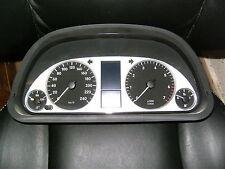 Mercedes B Klasse W245 Tacho Kombiinstrument 1695400948 Cluster Tachometer