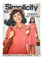 1975 Womens Fashion Vintage Zellers Flyer February Simplicity Fashion News 719A