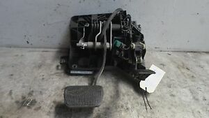 Ford Territory SX Ghia Height Adjustable Pedal Box Automatic 2004
