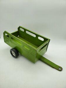 "Vintage Nylint Farms Trailer Green Pressed Steel 11.25"" Metal Farm Toys Cows"