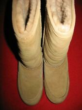 """BEARPAW, WOMEN'S 10""""-SHEARLING BOOTS, SIZE: 6, COLOR: SUEDE TAN, USED, VALUE:$"""