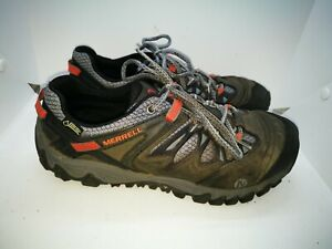 Merrell gore tex  casual trainers size 8.5