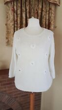 WHITE CABLE FLOWER JUMPER FROM DOROTHY  PERKINS - SIZE 20 - BNWT