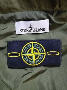 Stone island badge and buttons!! *Genuine!!*