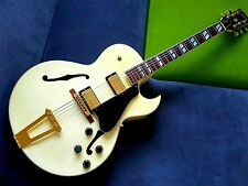 Gorgeous looking Gibson ES-175 archtop hollowbody in rare all-white finish -1991