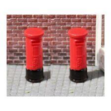 Gaugemaster GM462 Red Pillar Boxes (2) - Pre-made & Pre-coloured OO Gauge