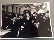 """ROMY SCHNEIDER dans """" LA BANQUIÈRE """"  - PHOTO DE PRESSE 13x18cm"""