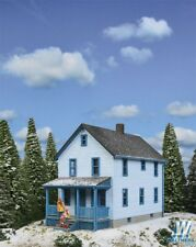 3786 Walthers Cornerstone Two-Story Frame House Kit HO Scale