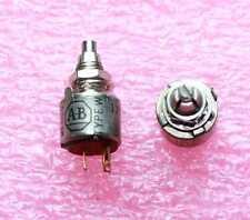 AB 5K ohm Audio Taper pot -  Lot of 3   ( 28B320 )