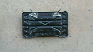 2006 - 08 RANGE ROVER Supercharged 4.2  BATTERY LOWER TRAY