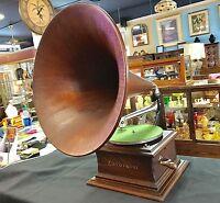 Zon-o-Phone Phonograph (1899-1903) Universal Talking Machine Mfg. Co. New York