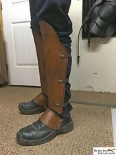 Viking luxury greaves (leg protection) with opt.battle damage and boot cover.