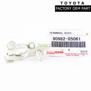 GENUINE TOYOTA CAMRY SCION TC LEXUS ES350 POSITIVE BATTERY TERM OEM 90982-05061