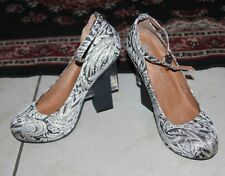 JEFFREY CAMPBELL NEUTRA IN BLACK GOLD FLORAL FABRIC HEELS SIZE 9.5