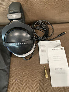 beyerdynamic DT 770 PRO 80 Ohm Over-Ear Studio Headphones in black. Enclosed for