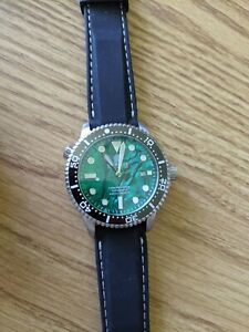 Deep Blue Green Abalone Dial diver, 44mm