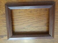 "Gorgeous Vintage Classic Solid Wood Frame Holds 5"" x 7"""