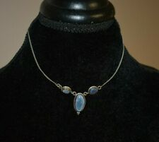 VINTAGE STERLING SILVER AND OPALS NECKLACE